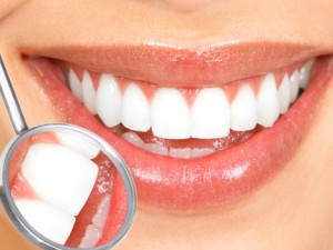 Detox Your Mouth With Coconut Oil Pulling!